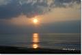 雲間に沈む夕陽